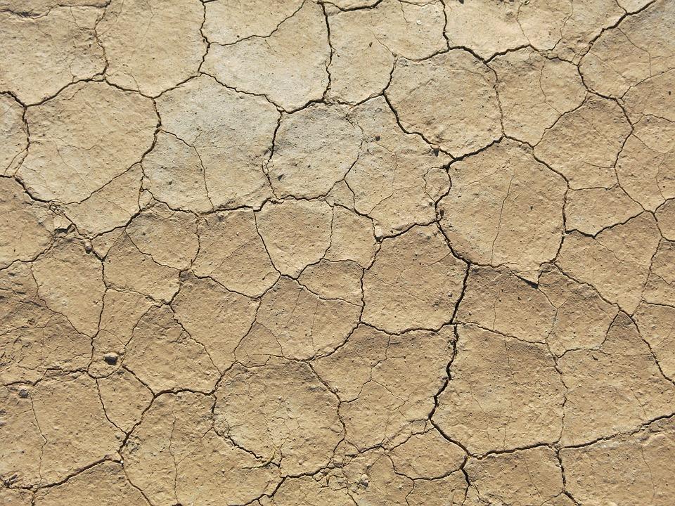 dry 2682432 960 720 - Der Sahara-Staub: Wie wirkt er sich auf die iberische Halbinsel aus?